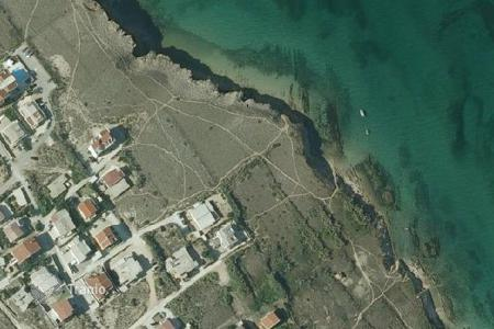 Coastal property for sale in Pag. Development land - Pag, Litsko-Senskaya County, Croatia