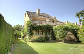 6 bedroom villas and houses to rent in Cádiz. Chalet – Cádiz, Andalusia, Spain