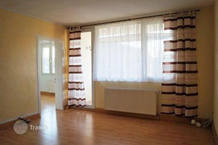 Cheap property for sale in Dusseldorf. Beautiful apartment with views of the garden Dyusseldorf- Holthausen
