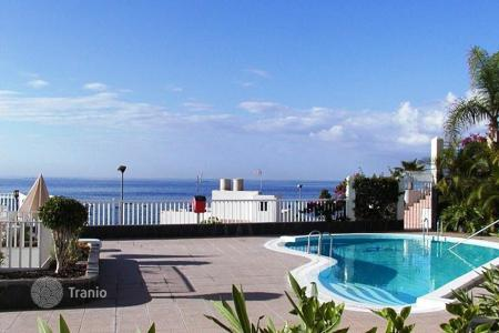 Property for sale in Canary Islands. Apartment next to the ocean on the island of Tenerife