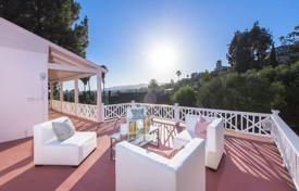 3 bedroom houses for sale in North America. Villa with panoramic Hollywood view, Los Angeles, USA