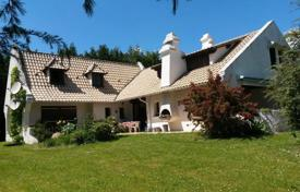 4 bedroom houses for sale in Occitanie. Designer villa with an indoor pool, a garden and a tennis court, 30 minutes drive east of Tarbes, Lannemezan, France