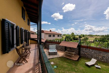 Property for sale in Sezana. This attractive stone house, originally built 150 years ago, has been completely rebuilt and refurnished in 2015