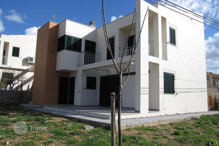 Townhouses for sale in Calvia. Terraced house – Calvia, Balearic Islands, Spain