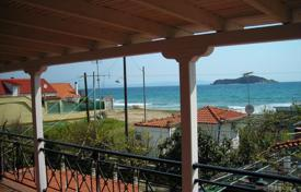 Coastal houses for sale in Olimpiada. Villa – Olimpiada, Administration of Macedonia and Thrace, Greece