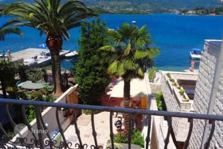 Luxury houses for sale in Tivat. Villa on the sea with a small pier in the village Dzhurashevichi, Tivat