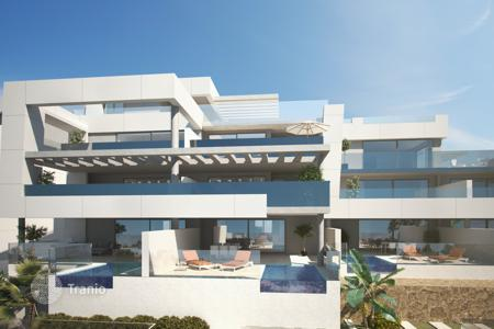 4 bedroom apartments for sale in Costa del Sol. Apartment for sale in Aloha, Nueva Andalucia
