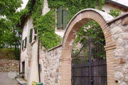 Residential for sale in Costermano. Townhome – Costermano, Veneto, Italy