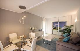 3 bedroom apartments for sale in Valencia. New three-bedroom apartment only 300 m from the sea in La Veleta area, Torrevieja