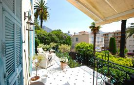 In the heart of Beaulieu, an apartment in a Belle Epoque villa for 1,350,000 €