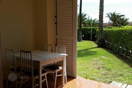 Cheap 2 bedroom apartments for sale in Gran Canaria. Large Apartment in San Agustin