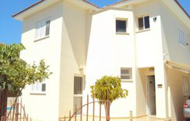Houses for sale in Pernera. Detached 3 Bedroom House with private pool and Title Deeds