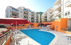 1 bedroom apartments by the sea for sale in Petrovac. Apartment in residential development with outdoor pool