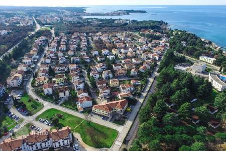 Coastal new homes for sale in Porec. Apartment Single bedroom apartment on the first floor – 51,21 m² — S6