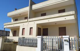 Property for sale in Apulia. DEAL- DEAL For sale two independent houses, adjacent to Patù!