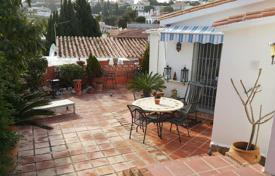 2 bedroom houses for sale in Costa del Sol. Villa – Fuengirola, Andalusia, Spain