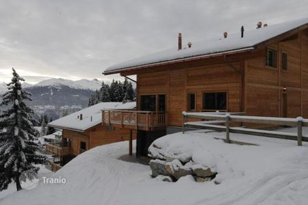 Property to rent in Montana. Chalet – Montana, Valais, Switzerland