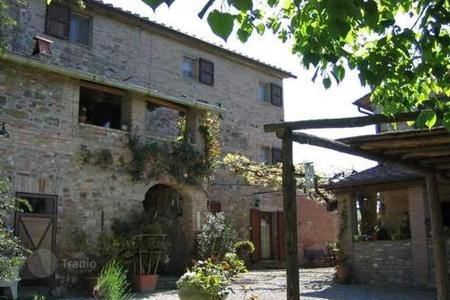 Houses for sale in Monterchi. Villa - Monterchi, Tuscany, Italy