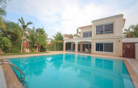 Houses with pools by the sea for sale in Limassol. Villa – Germasogeia, Limassol, Cyprus