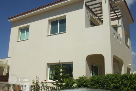Property for sale in Protaras. Detached three-bedroom house with private pool in Agia Triada