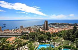 4 bedroom apartments for sale in Beausoleil. Apartment in a luxury residence overlooking Monaco in Beausoleil