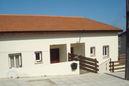 Cheap townhouses for sale in Skarinou. Three Bedroom Semi Detached House