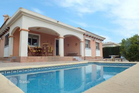 Cheap 3 bedroom houses for sale in Los Montesinos. Villa of 3 bedrooms in Los Montesinos
