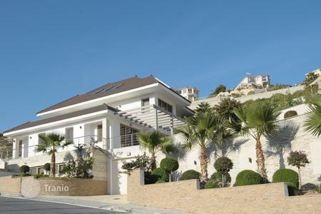 Houses with pools for sale in Limassol. Villa – Limassol (city), Limassol, Cyprus