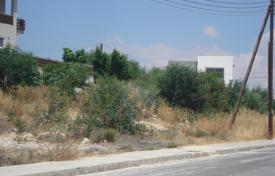 Land for sale in Agios Tychon. Building Plot