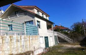 Cheap houses for sale in Northern Spain. Villa – Pontevedra, Galicia, Spain
