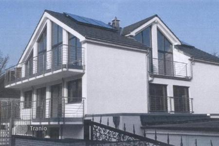 Commercial property for sale in Germany. New apartment house with a garden in the center of Düsseldorf, Mezenbroih