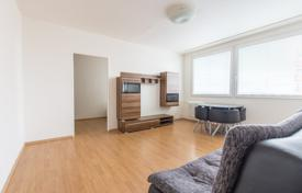 Apartments for sale in Praha 3. Spacious apartment with a loggia, in a panel house with an elevator, in a popular residential area, Prague 3, Czech Republic