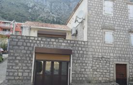3 bedroom houses for sale in Montenegro. Villa – Muo, Kotor, Montenegro