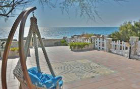 Property for sale in Tuscany. Apartment – Castiglioncello, Tuscany, Italy