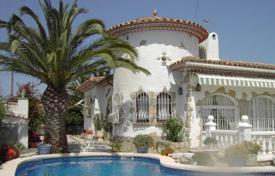 3 bedroom houses for sale in Miami Platja. Two-storey villa with a spacious terrace and a swimming pool, Miami Playa, Spain