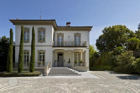 5 bedroom houses for sale in Piedmont. Villa – Lesa, Piedmont, Italy