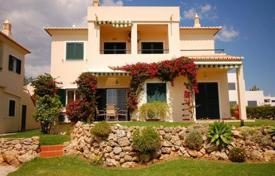 Property for sale in Silves. Comfortable flat in Algarve