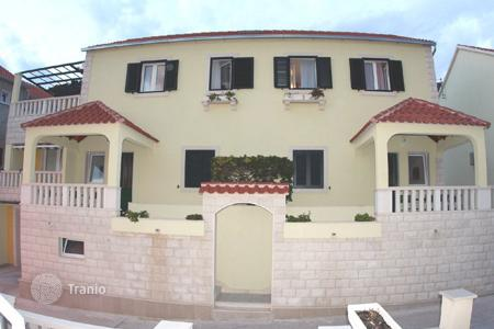 Coastal houses for sale in Bol. Townhome - Bol, Split-Dalmatia County, Croatia