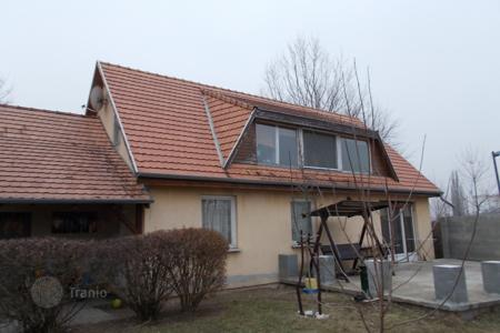 Houses for sale in Komarom-Esztergom. Detached house – Piliscsév, Komarom-Esztergom, Hungary