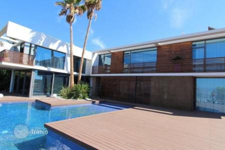 Luxury houses with pools for sale in Benidorm. Villa of 5 bedrooms in Benidorm