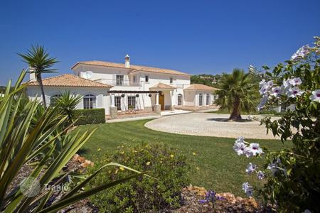 Luxury property for sale in Portugal. Villa – Loule, Faro, Portugal
