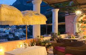 Villas and houses for rent with swimming pools in Positano. Villa San Giacomo
