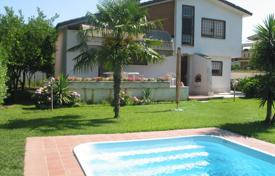 Coastal houses for sale in Anzio. Howe with an area of 120 sq
