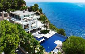 Houses with pools by the sea for sale in Balearic Islands. Villa – Balearic Islands, Spain