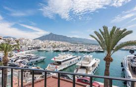 Unique penthouse on the see shore near the port in Puerto Banus, Andalusia, Spain for 3,250,000 €