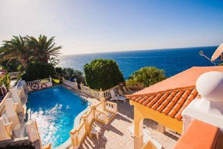Luxury houses with pools for sale in Spain. Exclusive offer! Villa on the first line in Callao Salvaje, Tenerife, Spain