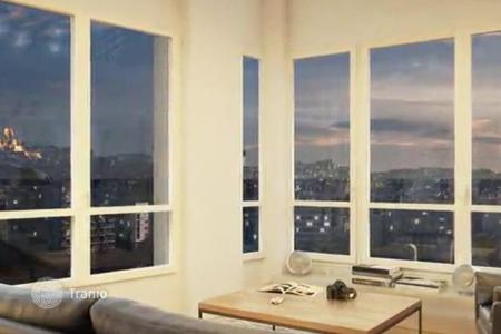 Cheap 2 bedroom apartments for sale in France. Spacious apartment in a prestigious district in Paris