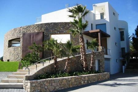 5 bedroom houses for sale in Costa Dorada. Villa – Mont-roig del Camp, Catalonia, Spain