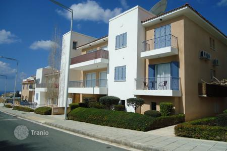 Cheap 2 bedroom apartments for sale in Peyia. Two Bedroom Apartment REDUCED