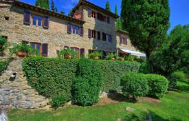 3 bedroom villas and houses to rent in Tuscany. Villa – Greve in Chianti, Tuscany, Italy